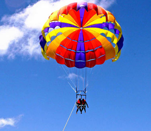 Miami to Key West Day Tour with Parasailing