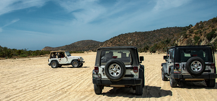 Outfitters Jeep Safari