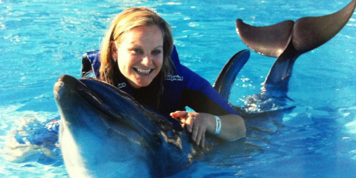 dolphin trainer dating Looking for the web's top dolphin trainers sites top20sitescom is the leading directory of popular snorkeling florida, orlando, cancun palace, & orlando attractions.