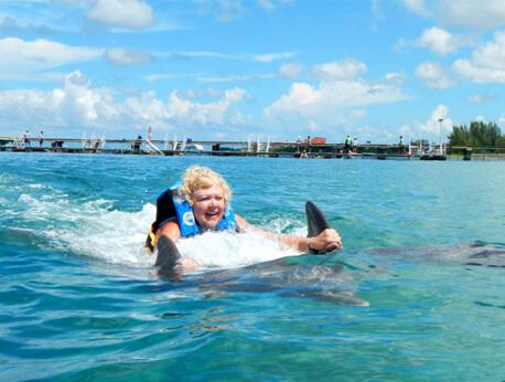 Royal Garrafon & Royal Dolphin Swim
